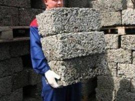Арболітові блоки володіють малою вагою