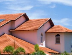 Скільки коштує побудувати дах будинку